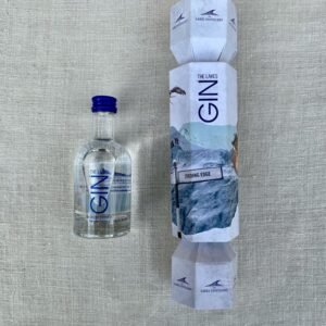Lakes Distillery Gin Cracker
